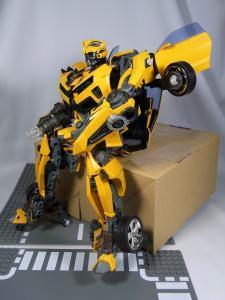 MPM-2 バンブルビー ロボット 1020