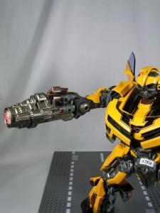 MPM-2 バンブルビー ロボット 1023