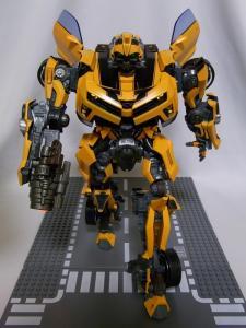 MPM-2 バンブルビー ロボット 1030