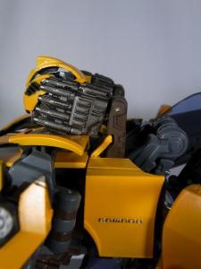 MPM-2 バンブルビー ロボット 1037