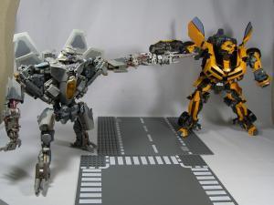 MPM-2 バンブルビー ロボット 1047