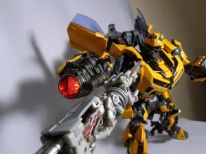 MPM-2 バンブルビー ロボット 1048