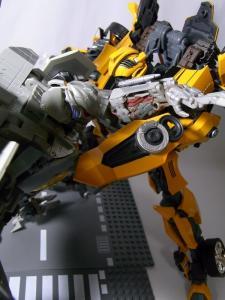 MPM-2 バンブルビー ロボット 1050