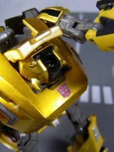 UN-02 バンブルビー サイバトロンモード 1028