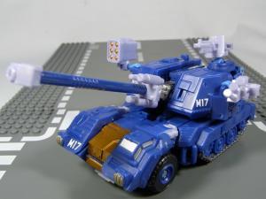 UN-10 ストラクサス 1004
