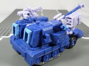 UN-10 ストラクサス 1005