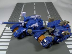 UN-10 ストラクサス 1008