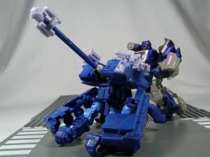 UN-10 ストラクサス 1012
