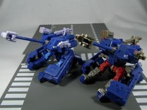 UN-10 ストラクサス 1013