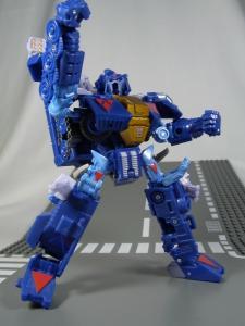 UN-10 ストラクサス 1022