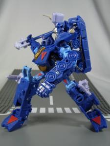 UN-10 ストラクサス 1028