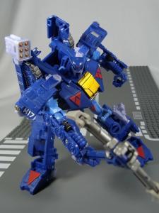 UN-10 ストラクサス 1029