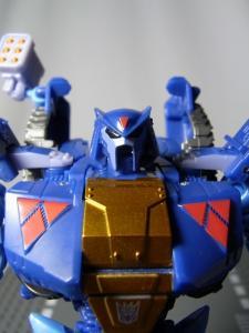 UN-10 ストラクサス 1034