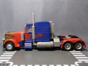 東京おもちゃショー2011 先行販売 ジェットウィング オプティマスプライム ビークル 1021
