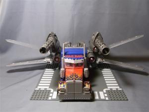 東京おもちゃショー2011 先行販売 ジェットウィング オプティマスプライム ビークル 1024