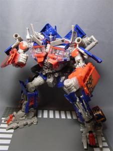 東京おもちゃショー2011 先行販売 ジェットウィング オプティマスプライム ロボット 1009