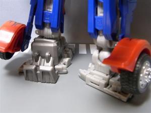 東京おもちゃショー2011 先行販売 ジェットウィング オプティマスプライム ロボット 1016