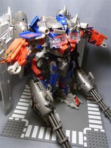 東京おもちゃショー2011 先行販売 ジェットウィング オプティマスプライム ロボット 1020