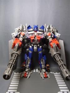 東京おもちゃショー2011 先行販売 ジェットウィング オプティマスプライム ロボット 1025