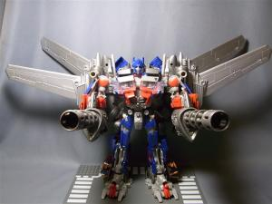 東京おもちゃショー2011 先行販売 ジェットウィング オプティマスプライム ロボット 1026