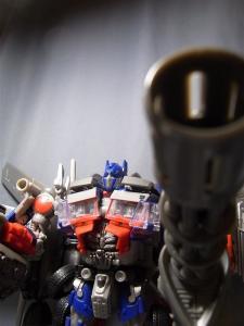 東京おもちゃショー2011 先行販売 ジェットウィング オプティマスプライム ロボット 1027