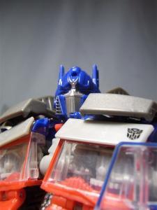 東京おもちゃショー2011 先行販売 ジェットウィング オプティマスプライム ロボット 1035