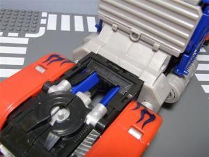東京おもちゃショー2011 先行販売 ジェットウィング オプティマスプライム ロボット 1039