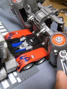 東京おもちゃショー2011 先行販売 ジェットウィング オプティマスプライム ロボット 1040