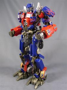 DMK-01 OPTIMUS PRIME  003 normal face 1033