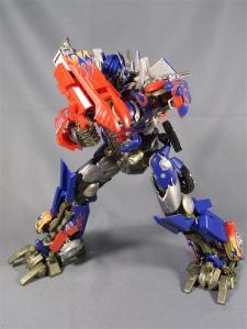 DMK-01 OPTIMUS PRIME  004 battle face 1005