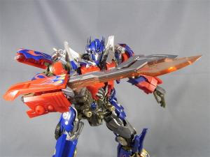 DMK-01 OPTIMUS PRIME  004 battle face 1020