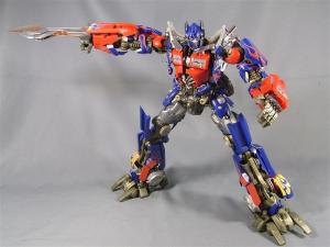 DMK-01 OPTIMUS PRIME  004 battle face 1023