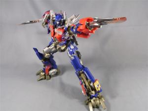DMK-01 OPTIMUS PRIME  004 battle face 1026