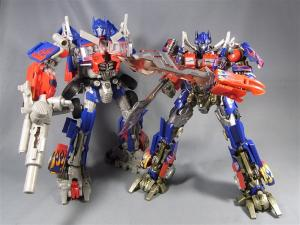 DMK-01 OPTIMUS PRIME  004 battle face 1032