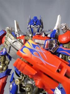 DMK-01 OPTIMUS PRIME  004 battle face 1045