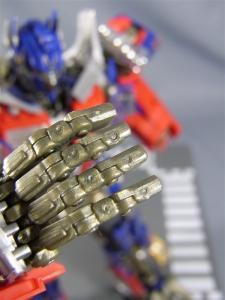 DMK-01 OPTIMUS PRIME  00b 可動指強化注意点 1026