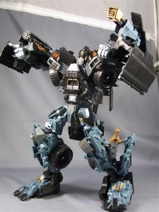 DOTM leader ironhide 3 1009
