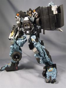 DOTM leader ironhide 3 1013