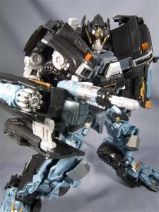 DOTM leader ironhide 3 1018