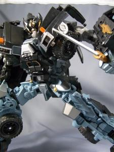 DOTM leader ironhide 3 1019