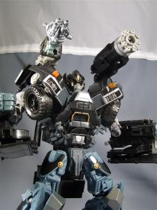 DOTM leader ironhide 3 1023