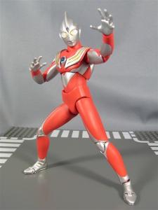 ultra-act tiga power type 1013