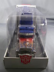 コミコン2011 アルティメットオプティマス BOX 1009