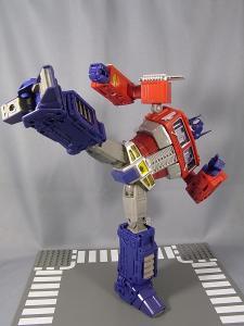 MP-10 コンボイVer2 ロボットモード アクション 1006