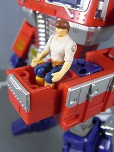 MP-10 コンボイVer2 ロボットモード アクション 1026