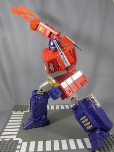MP-10 コンボイVer2 ロボットモード アクション 1031