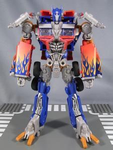 TF DOTM DA32 アルティメットオプティマスプライム ロボットモード 1002