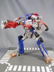 TF DOTM DA32 アルティメットオプティマスプライム ロボットモード 1007