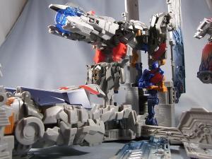 TF DOTM DA32 アルティメットオプティマスプライム ロボットモード 1018