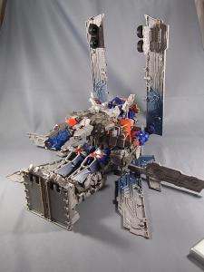 TF DOTM DA32 アルティメットオプティマスプライム ロボットモード 1026